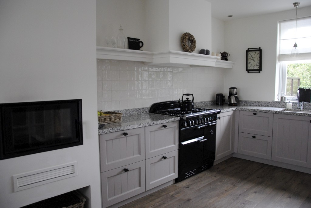 Landelijke Keuken Falcon : Landelijke keuken met Terrazzo in Alblasserdam Keukenhof