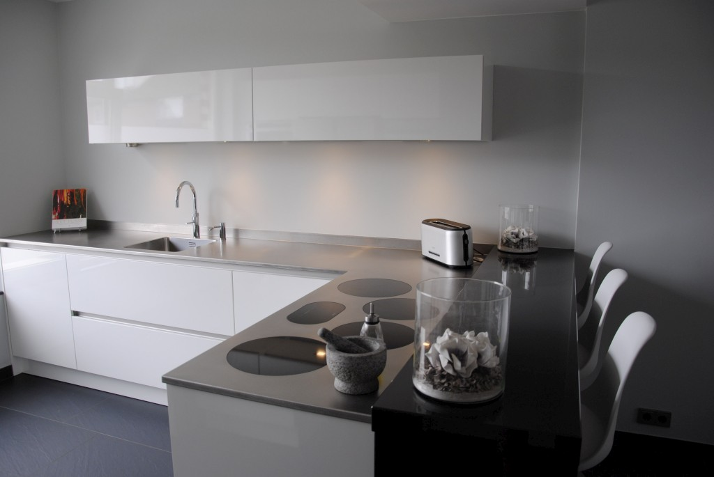 Moderne keuken met i cooking in hardinxveld giessendam   keukenhof ...