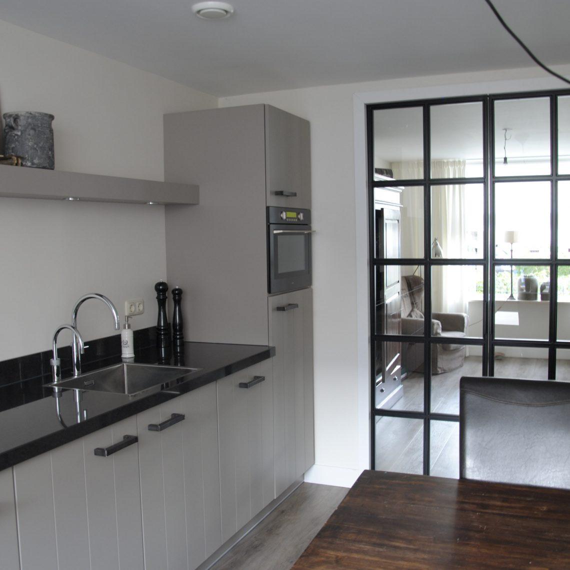 Landelijk moderne keuken elspeet keukenhof sliedrecht - Moderne keuken muurdecoratie ...