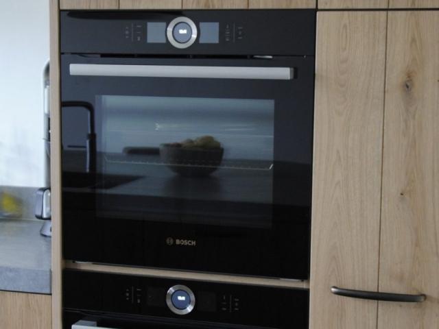 Massief eiken keuken met PITT cooking in Hardinxveld-Giessendam ...